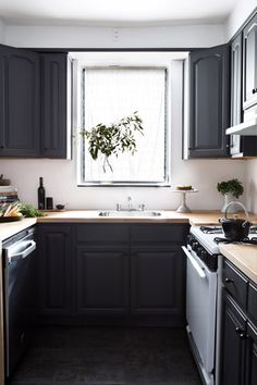 Athena transforms her temporary kitchen and shares some of her swooniest design tips!