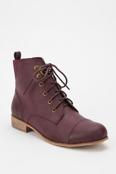 BDG Chelsea Lace-Up Boot  #UrbanOutfitters