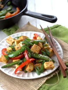 This light miso tofu stir-fry is made with tender crisp red bell pepper slices and sugar snap peas with crispy pan-fried tofu in miso sauce. Delicious Vegan Recipes, Raw Food Recipes, Vegetable Recipes, Vegetarian Recipes, Healthy Recipes, Healthy Eats, Dinner Recipes, Entree Recipes, Vegetarian Cooking