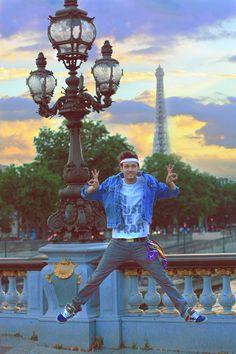 The Fashion Jumper - In Dust at Dusk- Paris Jeans Bridges, Dusk, Statue Of Liberty, Jumper, Paris, Sunset, American, Jeans, Beautiful