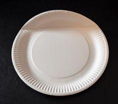 Körbchen aus einem Pappteller basteln Pie Dish, Plates, Dishes, Biscotti, Tableware, Diy, Cookies, Cooking, Easter Ideas For Kids