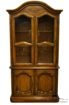 THOMASVILLE FURNITURE Winston Court Collection 56 China Cabinet 20621-321