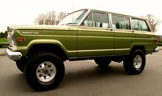 1970 Jeep Wagoneer. someday I'll have mine, hauling a canned ham!