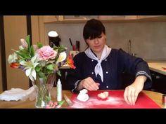 Как сделать красивые цветы из мастики (Beautiful flowers from mastic) - YouTube