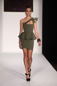 I guess green is making its way to the top of my favorite color for clothing list. :)