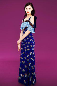 Mary Katrantzou Pre-Fall 2017 Fashion Show Collection King Dress, Greek Fashion, Casual Day Dresses, Blue Dresses, Fashion Show Collection, Fashion 2017, Fashion Brands, Autumn Fashion, Mary Katrantzou