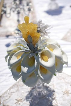 Beautiful Nabat in CallaLily flowers. Plan My Wedding, Wedding Sets, Wedding Table, Floral Wedding, Wedding Bouquets, Wedding Ceremony, Our Wedding, Wedding Flowers, Iranian Wedding