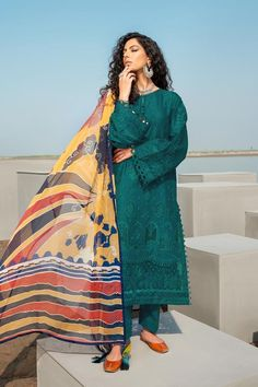 Pakistani Fashion Casual, Pakistani Suits, Pakistani Dresses, Salwar Suits, 3 Piece Suits, Print Chiffon, Baroque, Formal Dresses, Lawn