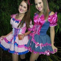 These very cute Sissy dresses are just dresses made of fabric , I simply adore dressing from head to toe like a little 3 to 5 year old girl and going out in daytime public for all to see the honest me. It's just clothing. Clogs Outfit, Fashion Outfits, Womens Fashion, Pretty Woman, Dress Making, Going Out, Women Wear, Girly, Feminine