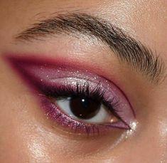 Edgy Makeup, Eye Makeup Art, Makeup Goals, Skin Makeup, Makeup Inspo, Eyeshadow Makeup, Makeup Inspiration, Makeup Brush, Makeup Trends