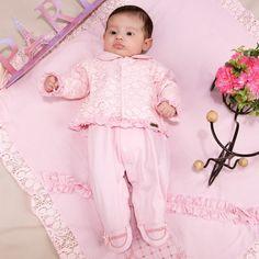 Saída de Maternidade Fofinho Malha e Renda Casaco Luxo Rosa Conjunto 3d725c0d7a6