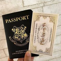 Have you got your HP Passport? Tag a friend who youd travel to hogwarts with Have you got your HP Passport? Tag a friend who youd travel to hogwarts with Harry Potter Tumblr, Harry Potter World, Bijoux Harry Potter, Objet Harry Potter, Magia Harry Potter, Estilo Harry Potter, Arte Do Harry Potter, Theme Harry Potter, Harry Potter Room