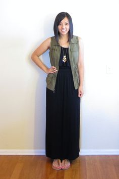 black maxi + army green vest but with long sleeve white t shirt and boots Western Outfits, Maxi Skirt Outfits, Maxi Dresses, Black Maxi Dress Outfit Ideas, Jean Vest Outfits, Outfit Work, Daily Outfit, Work Attire, Prom Dress