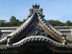 伊豆修禅寺 屋根瓦 Temple House Izu root tile repair