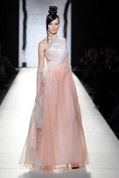 Cualquier vestido de noche puede ser tu vestido de novia... ¡¡Y no habrá otra novia igual!!!