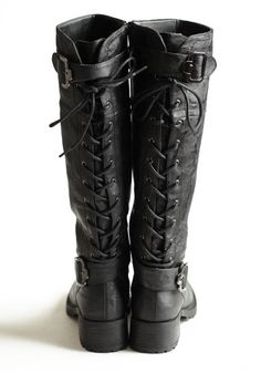 Rear laced riding boots