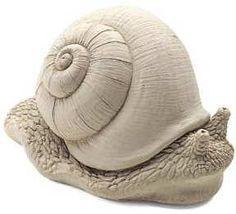 Amazon.com: Cast Stone Gertrude Snail - Concrete Indoor / Outdoor Sculpture Garden Statue: Patio, Lawn & Garden