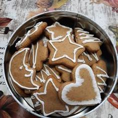 Hungarian Recipes, Winter Food, Gingerbread Cookies, Sweets, Cooking, Tips, Gingerbread Cupcakes, Kitchen, Good Stocking Stuffers