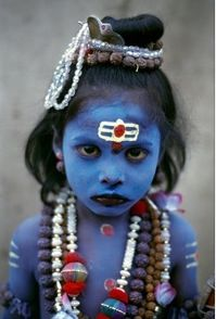Young Child dressed as Shiva, seeks alms, Uttarakhand, India by Steve McCurry. From Steve McCurry: India Steve Mccurry, We Are The World, People Around The World, Around The Worlds, Beautiful World, Beautiful People, Non Plus Ultra, Haridwar, Portraits