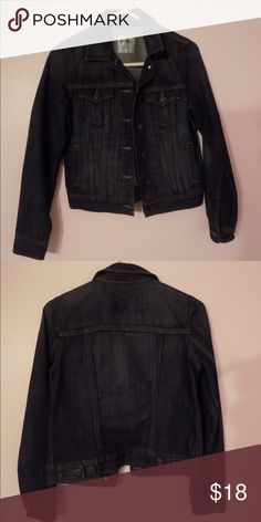 Sale! Old Navy Jean Jacket Only worn once (not my style)! A classic, comfortable, and stylish Jean jacket to pull your outfits together. Old Navy Jackets & Coats Jean Jackets