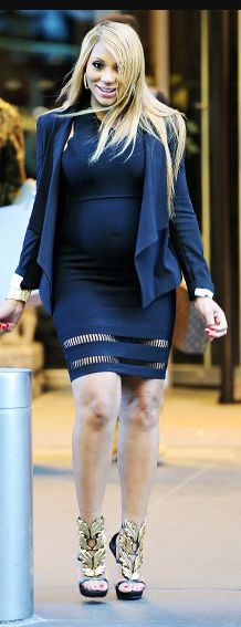 Tamar rocking the Alexander Wang fitted dress while pregnant. #SS2013 #NYFW