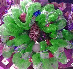 Christmas wreath pink, green