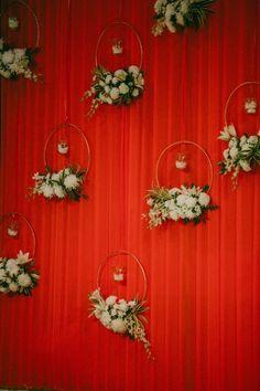 New wedding reception decorations centerpieces diy ideas 58 Ideas Wedding Stage Backdrop, Wedding Hall Decorations, Wedding Stage Design, Desi Wedding Decor, Marriage Decoration, Diy Birthday Decorations, Backdrop Decorations, Flower Decorations, Backdrops