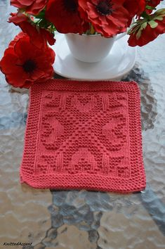 Knitting PATTERN dishcloth, only in ENGLISH, written instructions with diagram. Knitted Washcloth Patterns, Knitted Washcloths, Dishcloth Knitting Patterns, Mug Rug Patterns, Knitting Stitches, Knitting Designs, Free Knitting, Knitting Projects, Crochet Patterns