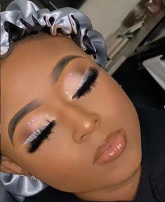 Glitter Makeup Looks, Cute Makeup Looks, Prom Makeup Looks, Dope Makeup, Glam Makeup Look, Glamour Makeup, Makeup For Black Skin, Black Girl Makeup, Girls Makeup