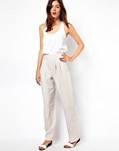 high waisted  loose fitting pants {perfect for ...