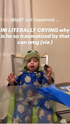 Funny Videos Clean, Cute Funny Baby Videos, Crazy Funny Videos, Funny Videos For Kids, Funny Video Memes, Crazy Funny Memes, Really Funny Memes, Funny Relatable Memes, Funny Babies