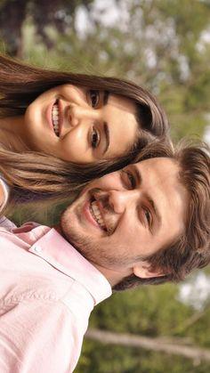 Tolga and hande erçél Cute Muslim Couples, Cute Couples, Best Actress, Best Actor, Murat And Hayat Pics, Leonardo Dicaprio 90s, Boy Celebrities, Choreography Videos, Hande Ercel