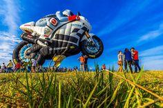 Motorcycle hot air balloon