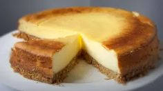Onet – Jesteś na bieżąco Cheesecake New York Recipe, New York Style Cheesecake, Cheesecake Recipes, Delicious Cake Recipes, Yummy Cakes, Baked Buffalo Wings, State Foods, Mini Cheesecakes, Bakken