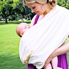 This all-natural, organic infinity scarf doubles as a privacy blanket while breastfeeding in public.: www.teelieturner.com #maternity