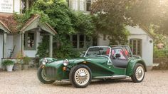 Caterham Seven Sprint (2017) review by CAR Magazine