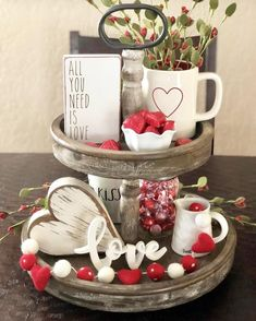 valentines day decorations Megan Sheep Farm Felt o - Valentines Day Decor Rustic, Valentines Day Decorations, Valentine Day Crafts, Be My Valentine, Kids Valentines, Vintage Valentines, Diy Valentine's Day Decorations, Decoration Table, Tray Decor