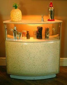 50s-60s-vintage-home-cocktail-bar-atomic-era-kitsch-retro-meteors-psychobilly
