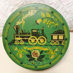 Rare Fruitcake Tin Box by Alice Dodd Co. New York 1940s Green