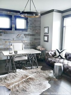 Rustic Office Design Industrial Modern Rustic Office home decor. So beautiful! Love the grey tones.Industrial Modern Rustic Office home decor. So beautiful! Love the grey tones. Modern Rustic Office, Rustic Office Decor, Modern Rustic Homes, Home Office Decor, Home Decor Bedroom, Modern Decor, Office Ideas, Bedroom Rustic, Rustic Decor