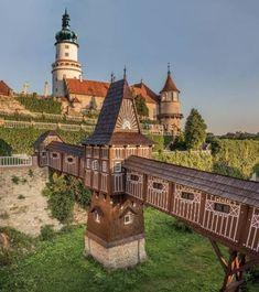 Nové Město nad Metujícastle / Czech Republic (by visitcz).