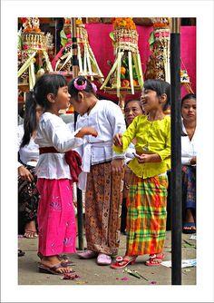 Balinese girls so cute