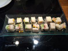 Sushi fait maison avec mon nouveau rice cube... Peut encore s'améliorer....
