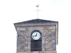 Cadran Bodet installé sur le clocher de l'église Sainte-Marie-Madeleine de Boulerez (18), Centre-Val-de-Loire.