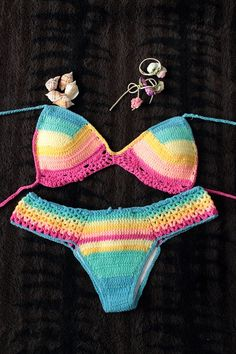 handmade crochet bikinis Más