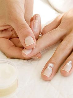 Check out these easy fixes for common problems with #nails.