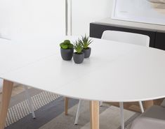 Rumba mesa extensible Apartments, Madrid, Dining Table, Sea, Furniture, Home Decor, Oak Tree, Flats, Kitchens