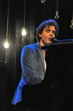 Mika Intimate Tour - unknown gig