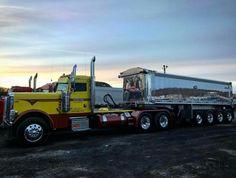 Dump Trucks, Tow Truck, Lifted Trucks, Cool Trucks, Pickup Trucks, Big Trucks, Peterbilt 389, Peterbilt Trucks, Heavy Construction Equipment