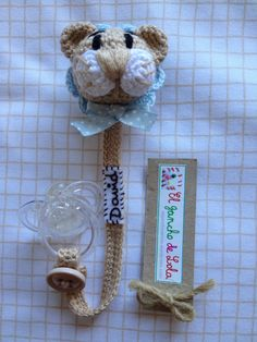 Crochet Baby Toys, Crochet Animals, Baby Knitting, Crochet Flower Patterns, Crochet Flowers, Crochet Ideas, Love Crochet, Crochet For Kids, Crochet Pacifier Holder